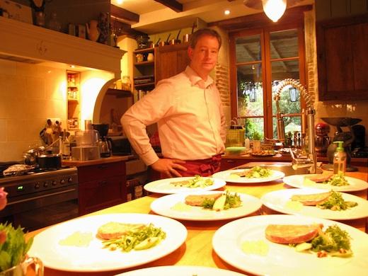 Jacco in de keuken aan het werk.