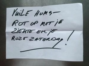 Van den Nieuwenhuijzen heeft een foto van het dreigbriefje op zijn blog gezet.