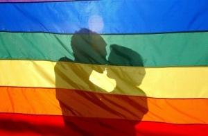 Regenbogvlag. met twee mannenjpg