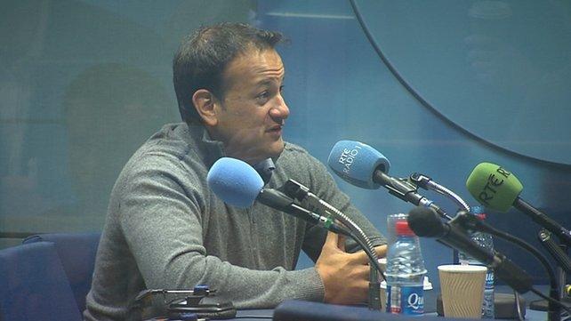 Minister In Ierland Komt Uit De Kast Tijdens Radioprogramma