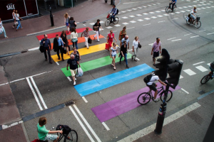 Regenboogzebrapad Rotterdam