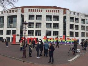 I Amsterdam in regenboogkleuren
