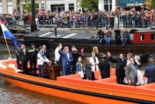 koningsdag-boot f oto Piroschka van de Wouw 27 april 2016 Zwolle Thorbeckegracht RVD