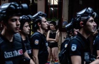 Winnaar LGBT-Pride-Bans-in-Istanbul-©-Akin-Celiktas