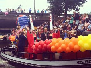 amsterdam gay pride boot amsterdam