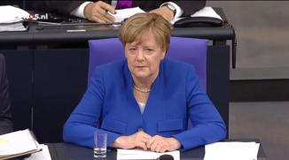 Merkel in Bondsdag