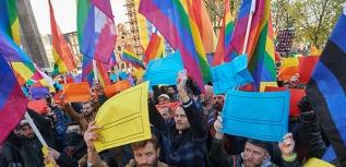 COC-Nederland - demonstratie Tsetsjenië Homomonument Amsterdam 19 april 2017