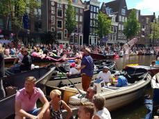 Canal parade 01