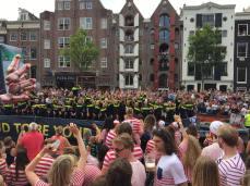 Canal parade 04