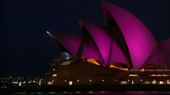 Opera House Sidney Roze uitgelicht