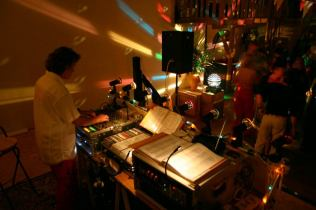 DJ Lady in actie